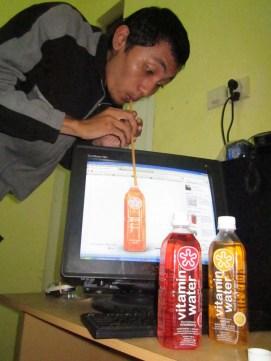 Juara Favorite Mingguan Vitamin Water 2