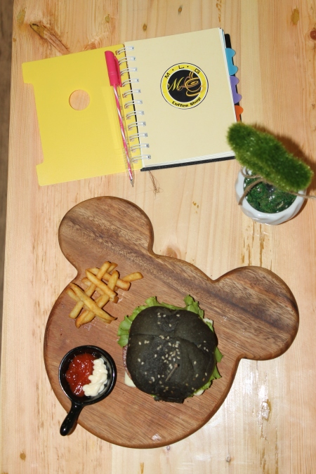Mickey Mouse Black Burger